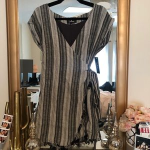 Lulus front wrap dress NWT